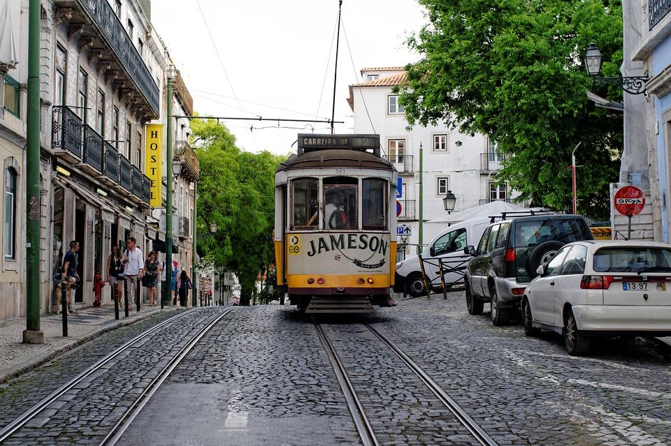 Rue de Lisbonne à proximité du pôle emploi